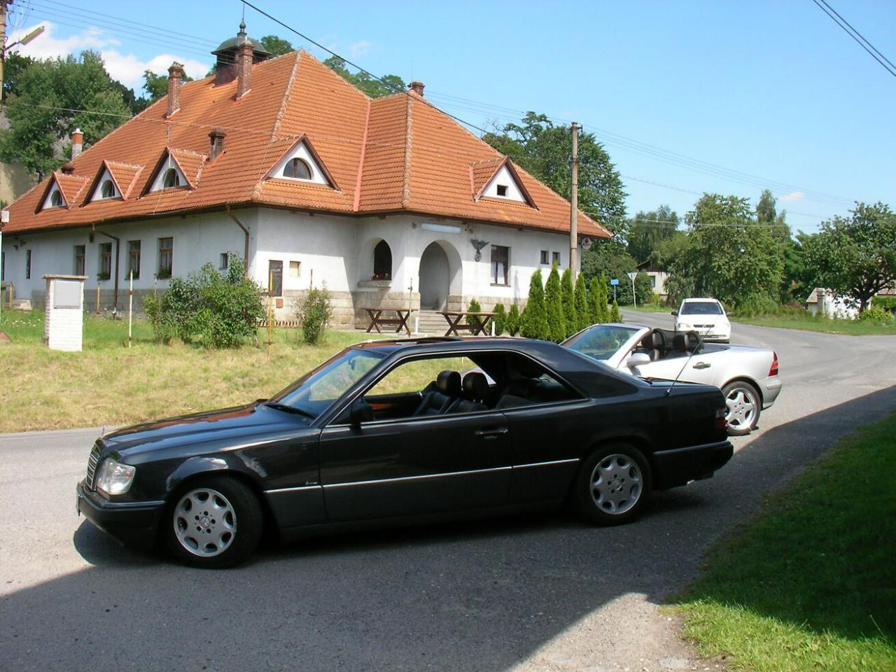 Mercedes benz w124 kup 124 coupe for Mercedes benz club